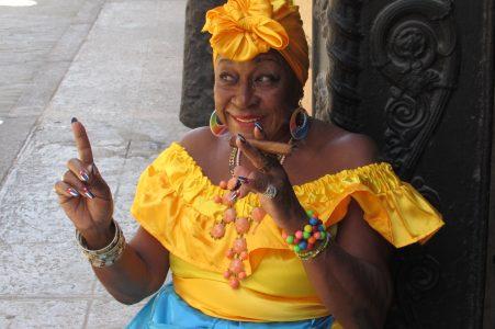 Cuba Smile Cigar havana Lady